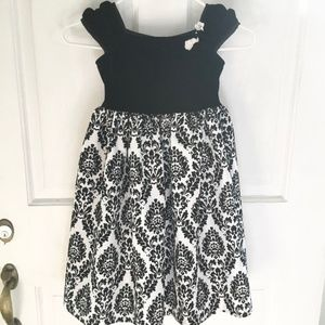*4for$25 GEORGE Fancy Black & White Dress SZ 5/6
